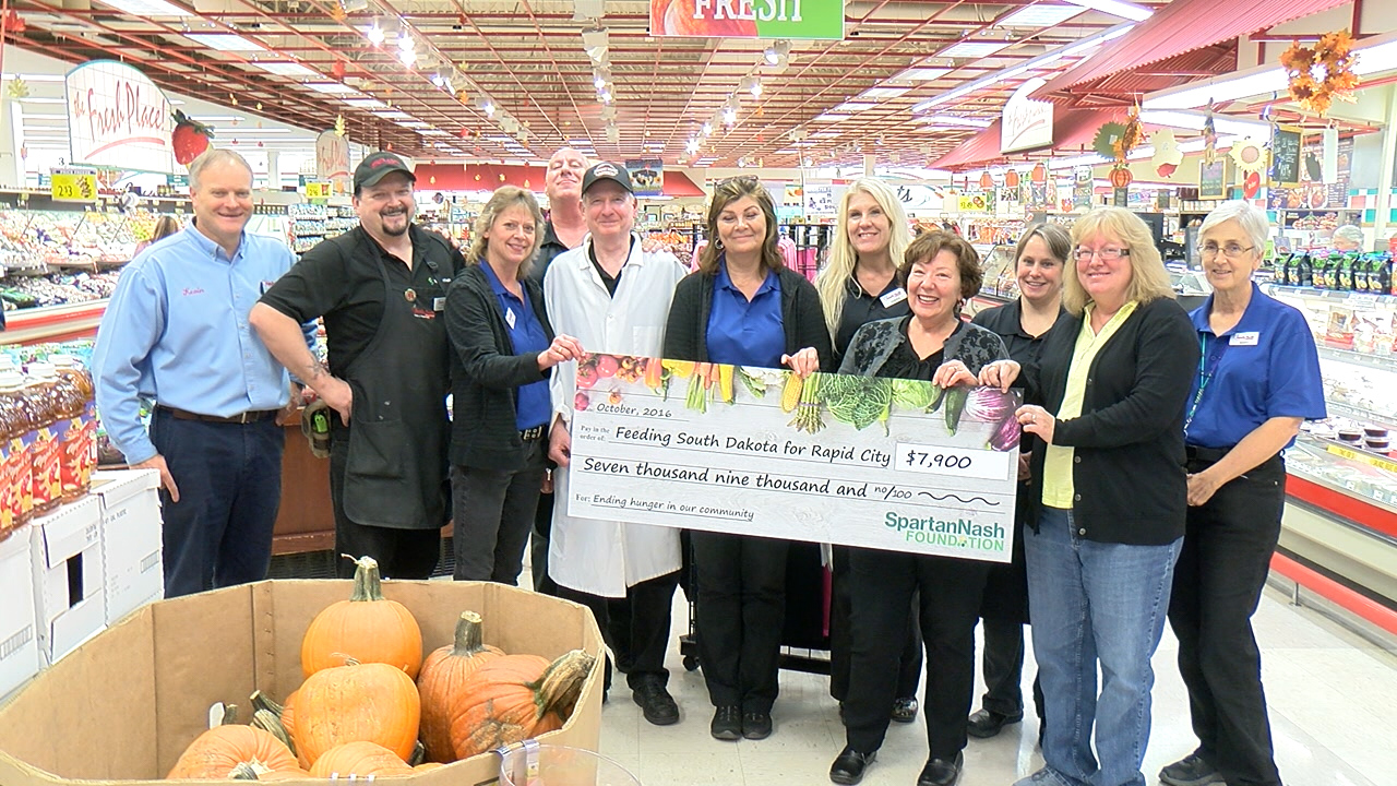 Feeding South Dakota receives $7,900 from the Rapid City Family Thrift Supermarkets